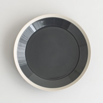 yumiko iihoshi porcelain × 木村硝子店 / dishes / プレート (径22cm) / フォググレーの商品写真