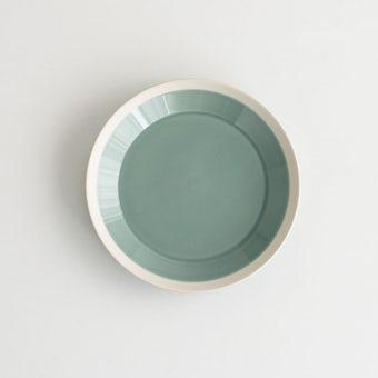 【次回入荷未定】yumiko iihoshi porcelain × 木村硝子店 / dishes / プレート (径18cm) / ピスタチオグリーンの商品写真