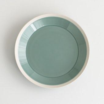 【次回入荷未定】yumiko iihoshi porcelain × 木村硝子店 / dishes /プレート (径22cm) / ピスタチオグリーンの商品写真