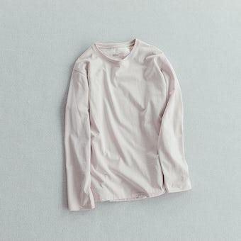 「一枚でも、重ねても」絶妙カラーの長袖カットソー / グレイッシュピンクの商品写真
