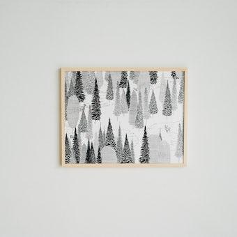 【次回入荷未定】「暮らしに、ひとさじの非日常」ポスター・フレームセット / 森のドローイング / miltataの商品写真